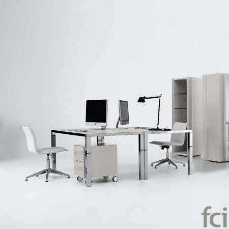 Benefits of Contemporary Office Furniture