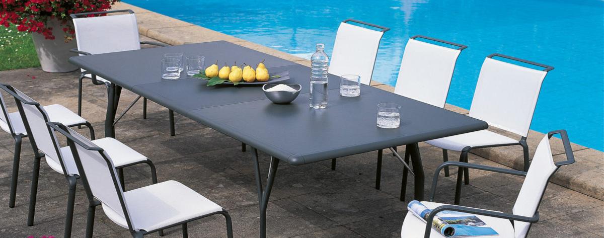 Extensible aluminum garden furniture