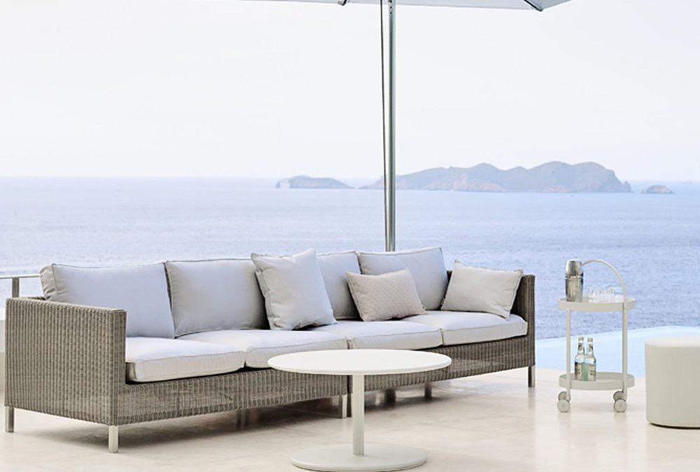 8 Great Ideas For Rustic Garden Furniture Designs