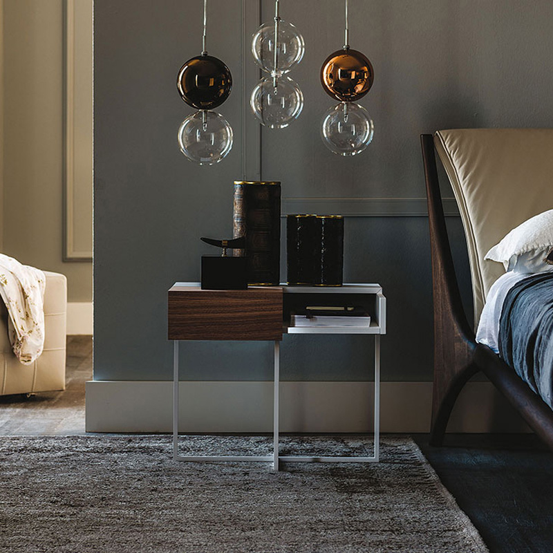 Bedside Tables to Add a Luxury Finish to Bedroom