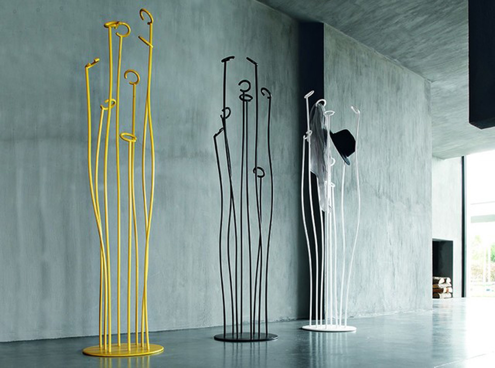 Coat Stands - A Wow Factor to Your Entrance Hall