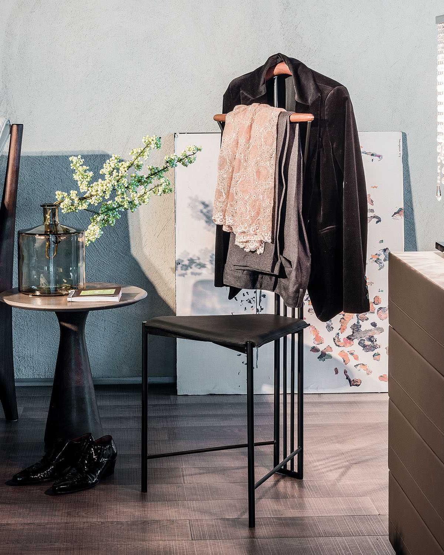 yannik coat hanger by cattelan italia