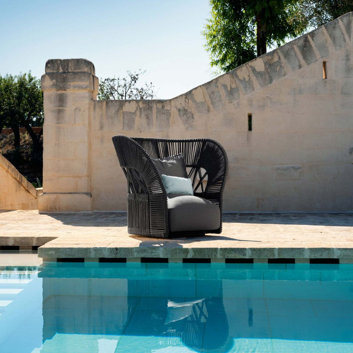 Cliff Deco Lounge Outdoor Armchair by Talenti