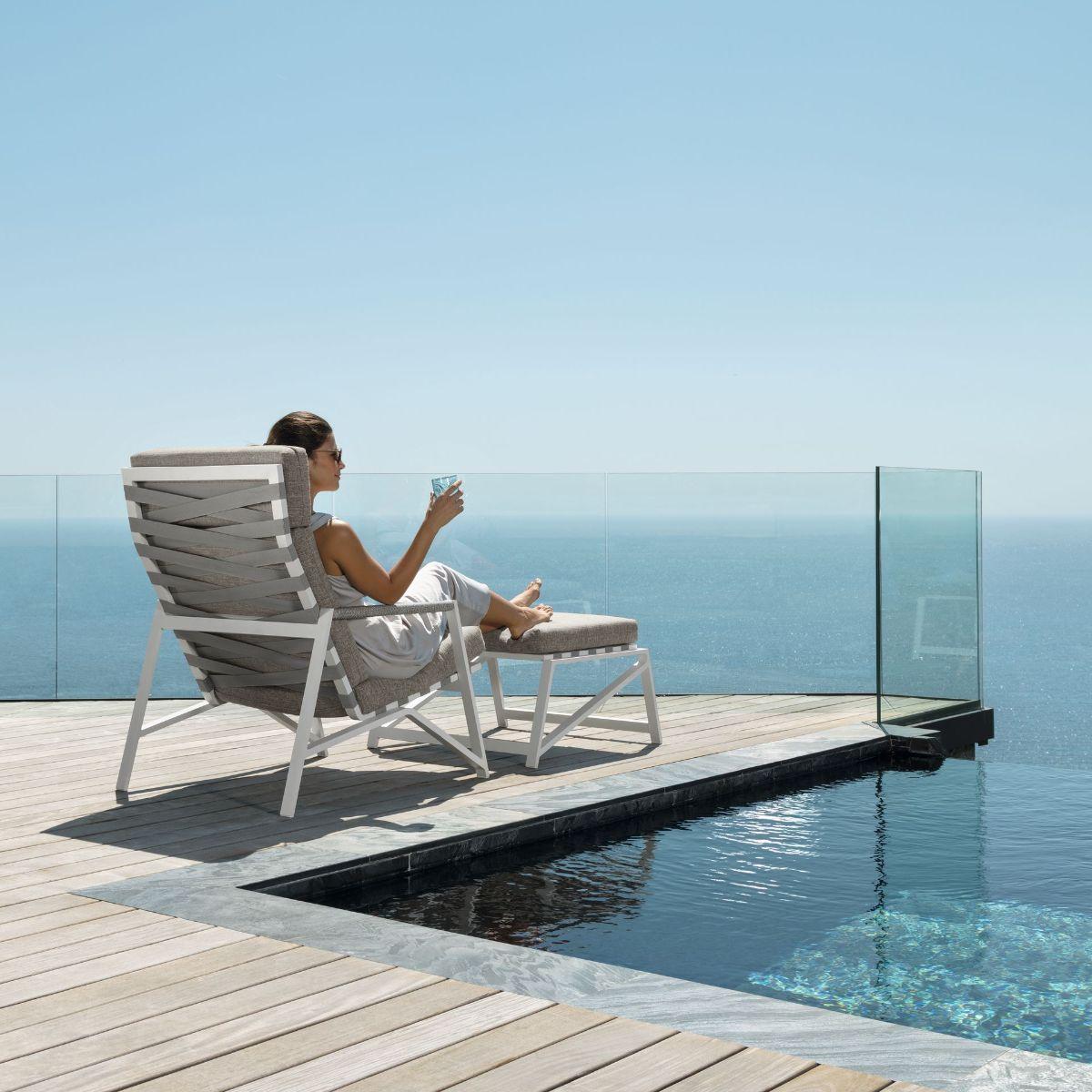 Soho 2 Seater Outdoor Sofa by Talenti