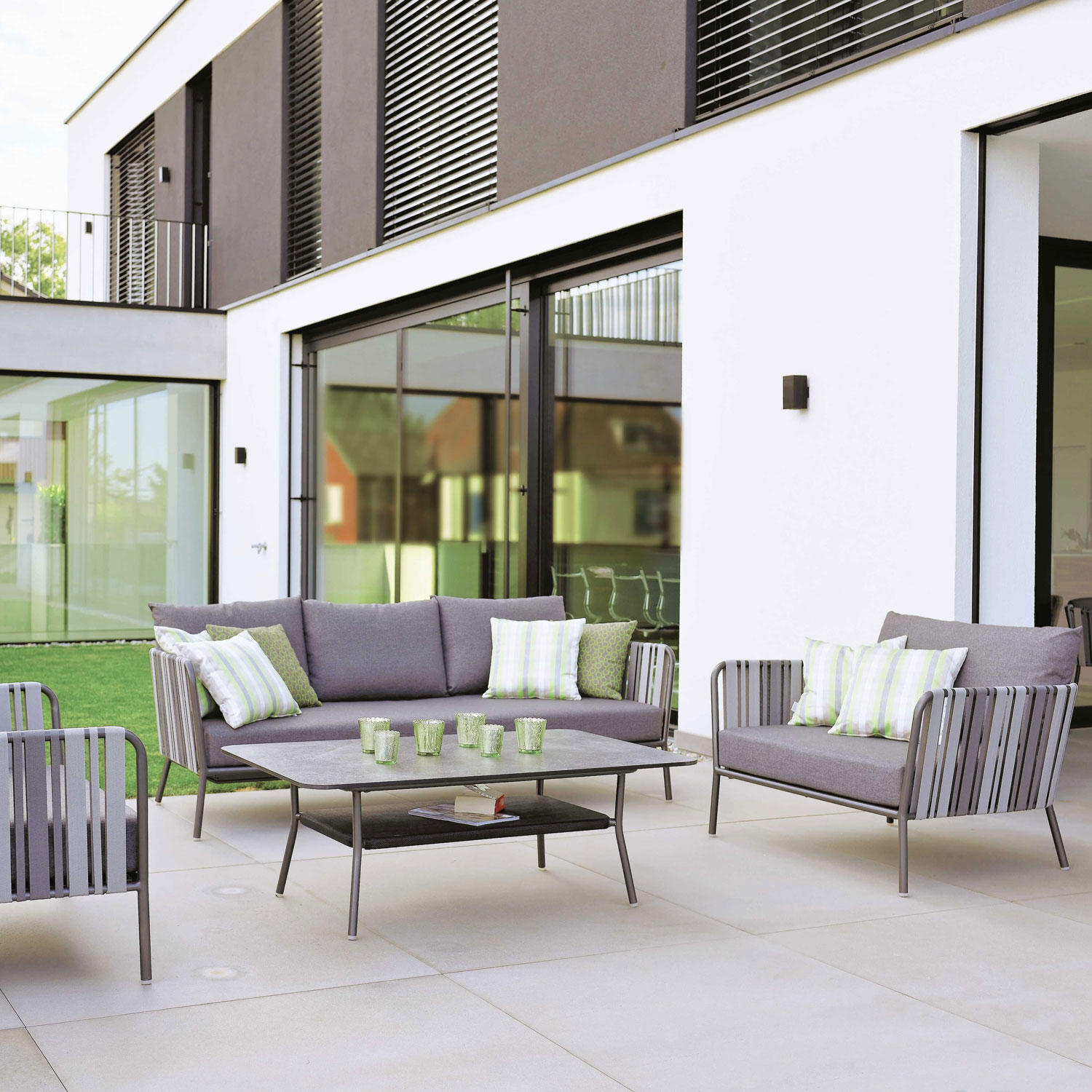 Space Lounge Sofa 3 Seater Aluminumanthracite Textile In Grey 2 Color With Cushion In Silk Grey by Outdoor Living