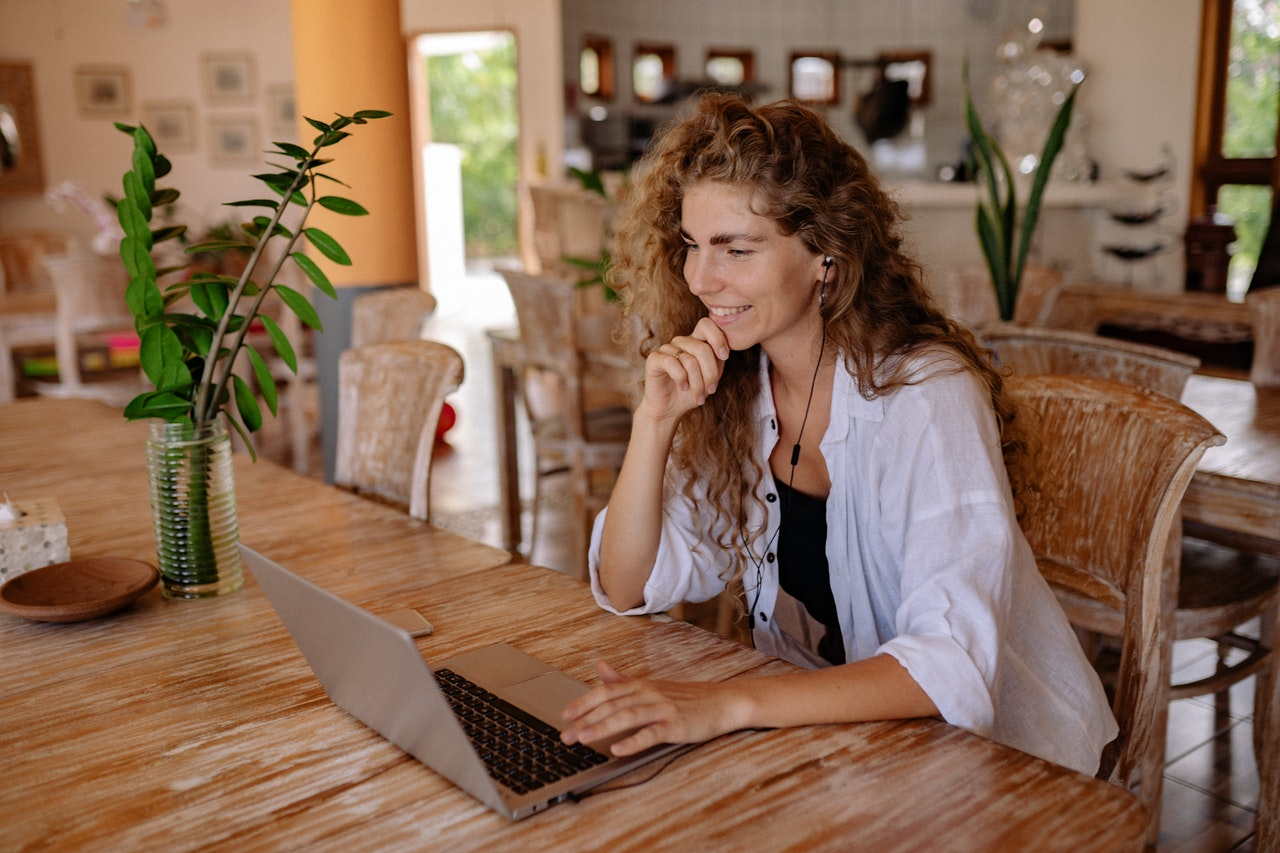 Tips to Win Over your Clients on Video Calls
