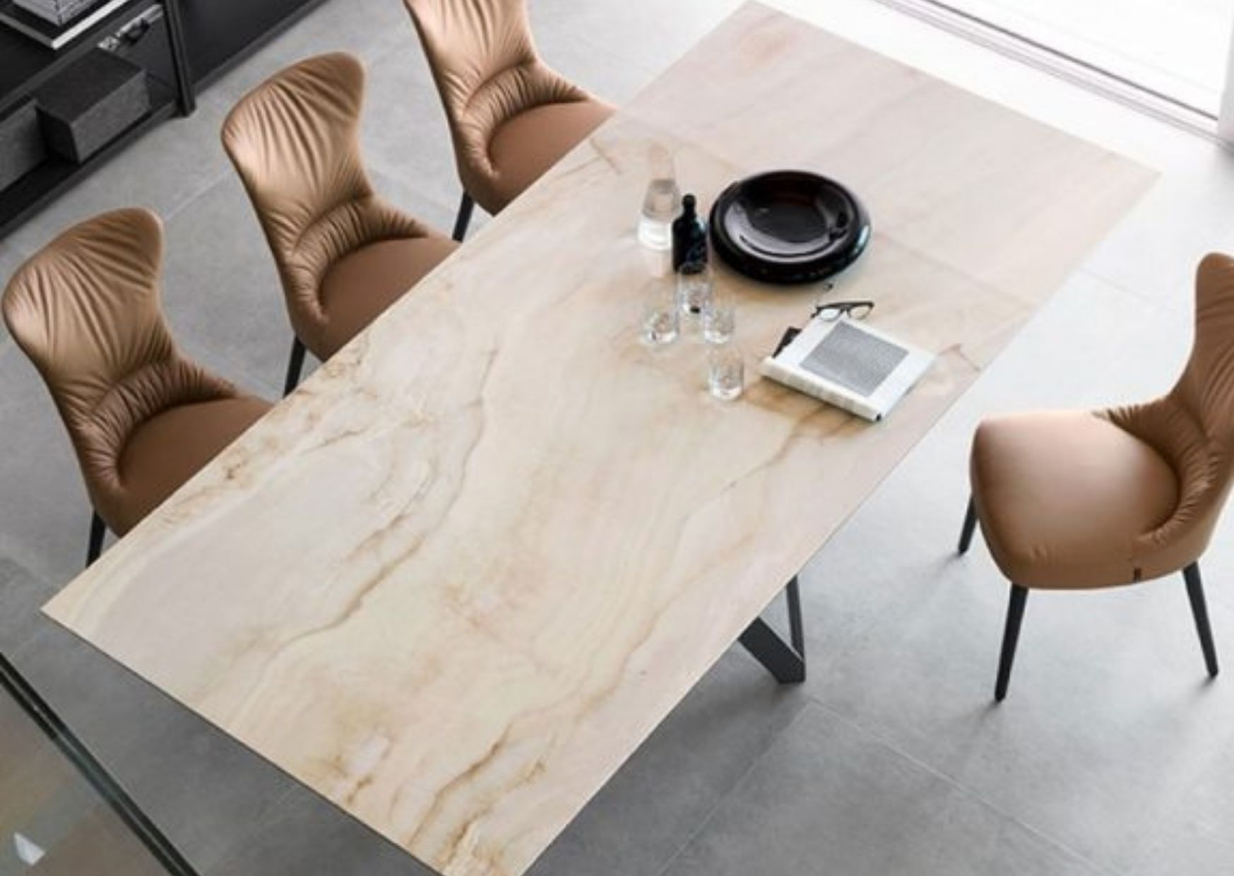 calligaris dining table