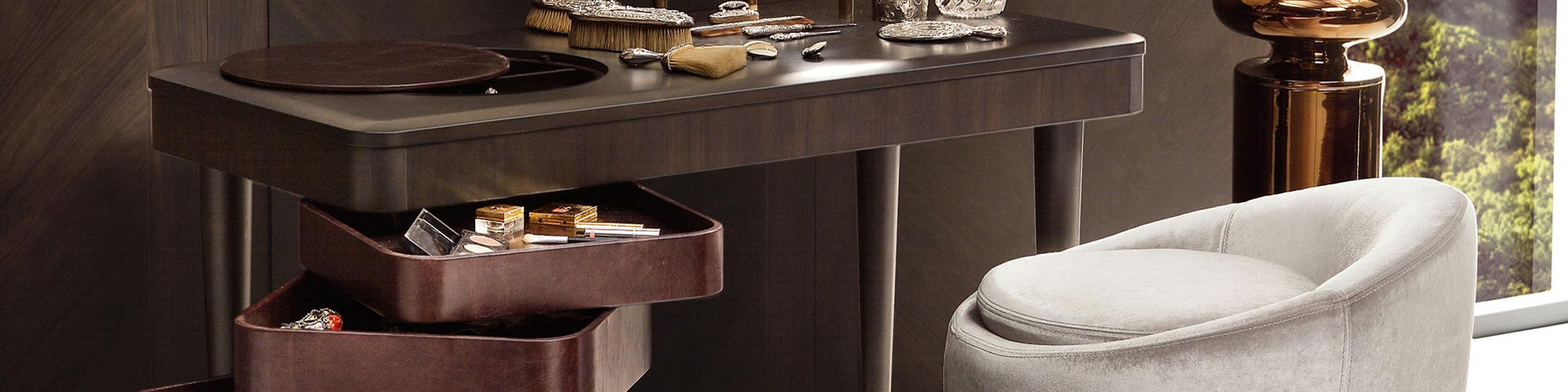 Dressing Table by FCI London