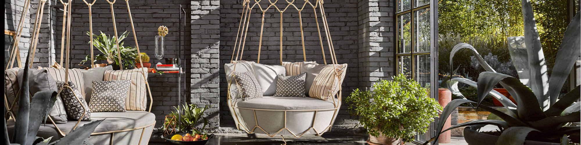 Roberti Rattan Outdoor Furniture