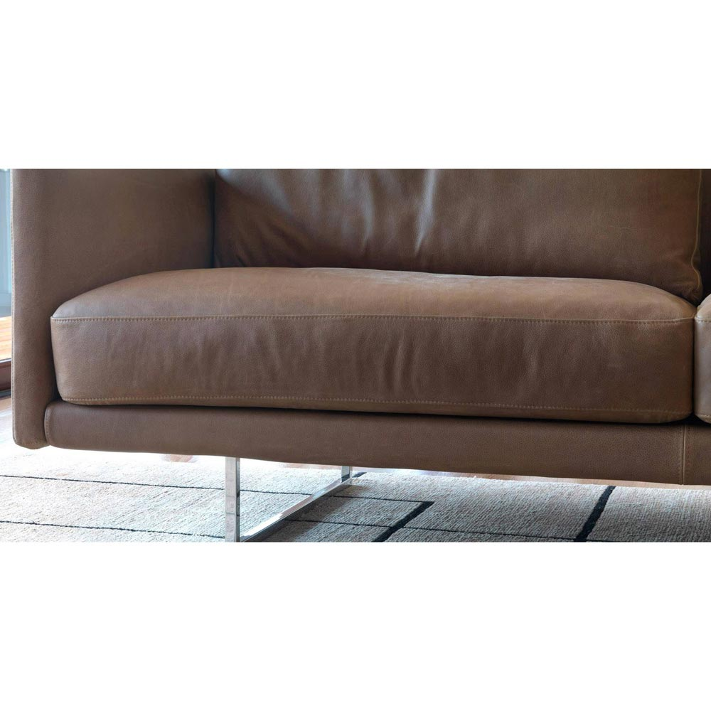 Eliot Sofa Accent Collection by Naustro Italia