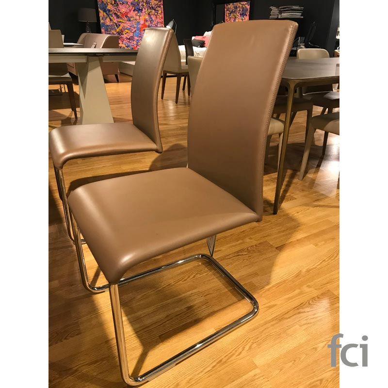 Luma Set Of 4 Dining Chairs by Draenert