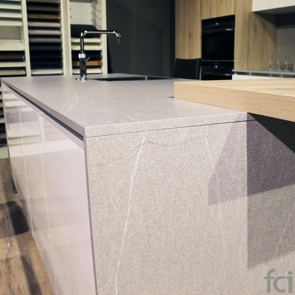 Space Kitchen by fci