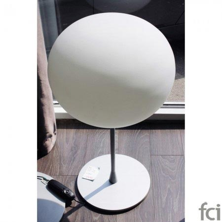 T2 Glo-Ball Table Lamp In White by Flos
