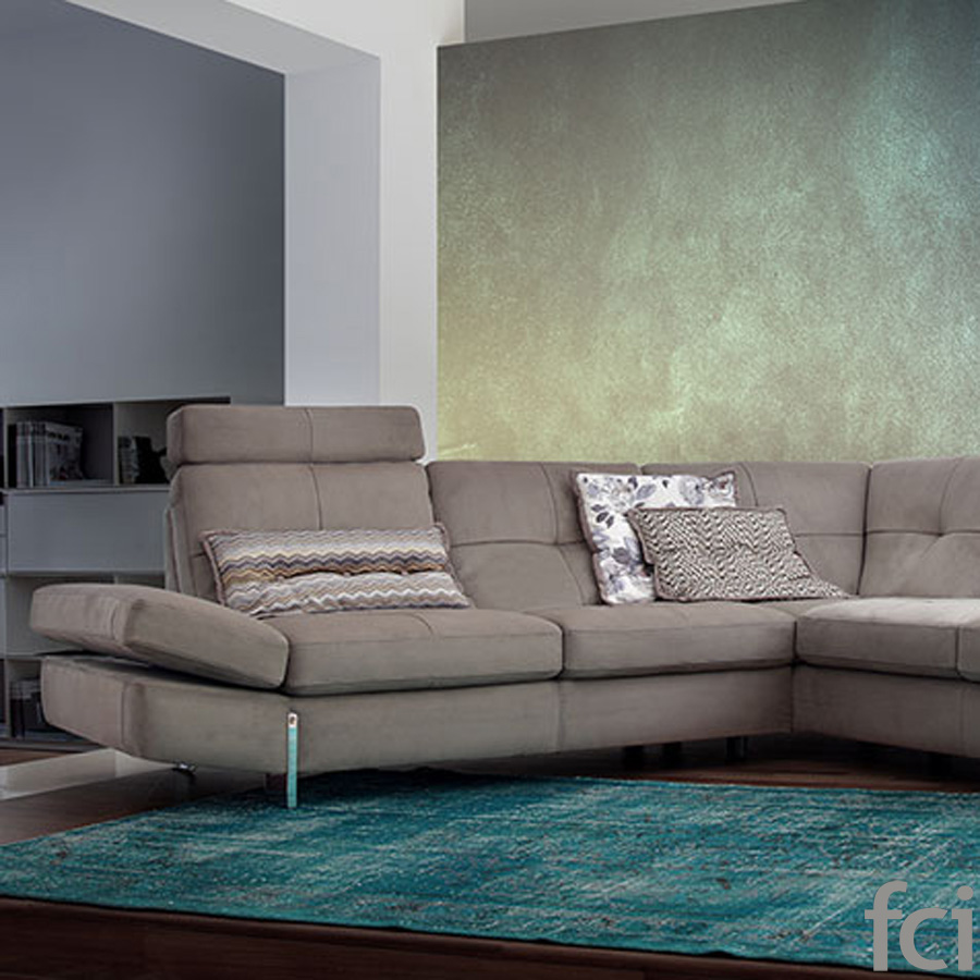 Corallo Sofa by Naustro Italia Milano Collection