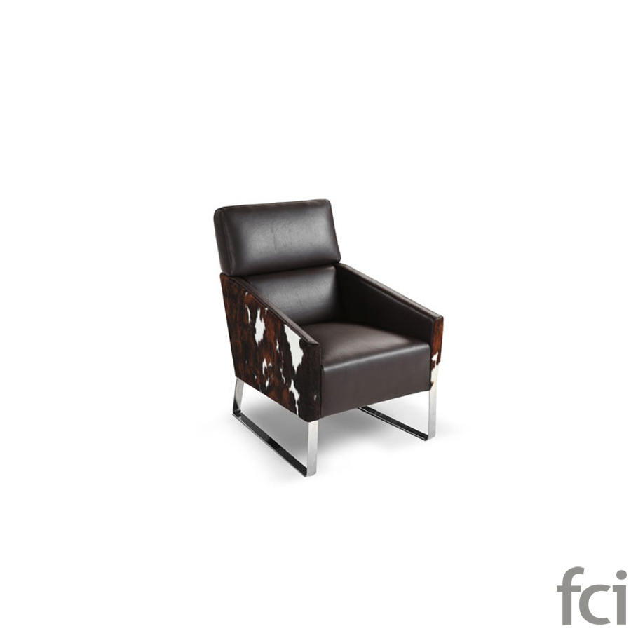 Floyd Armchair by Naustro Italia Milano Collection