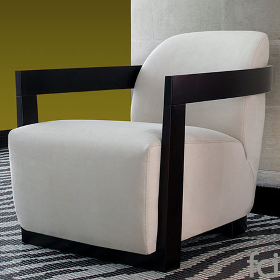 Grand Hotel Armchair by Naustro Italia Milano Collection