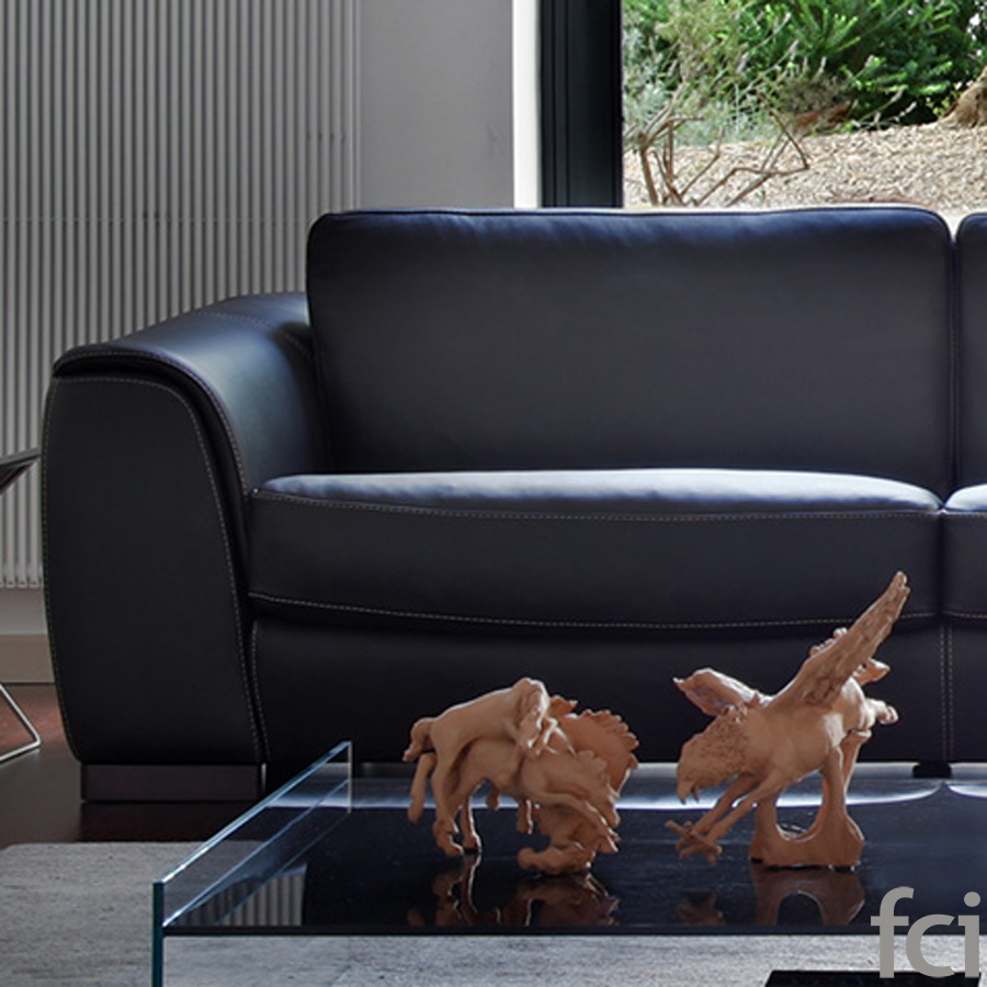 Novi Sofa by Naustro Italia Milano Collection