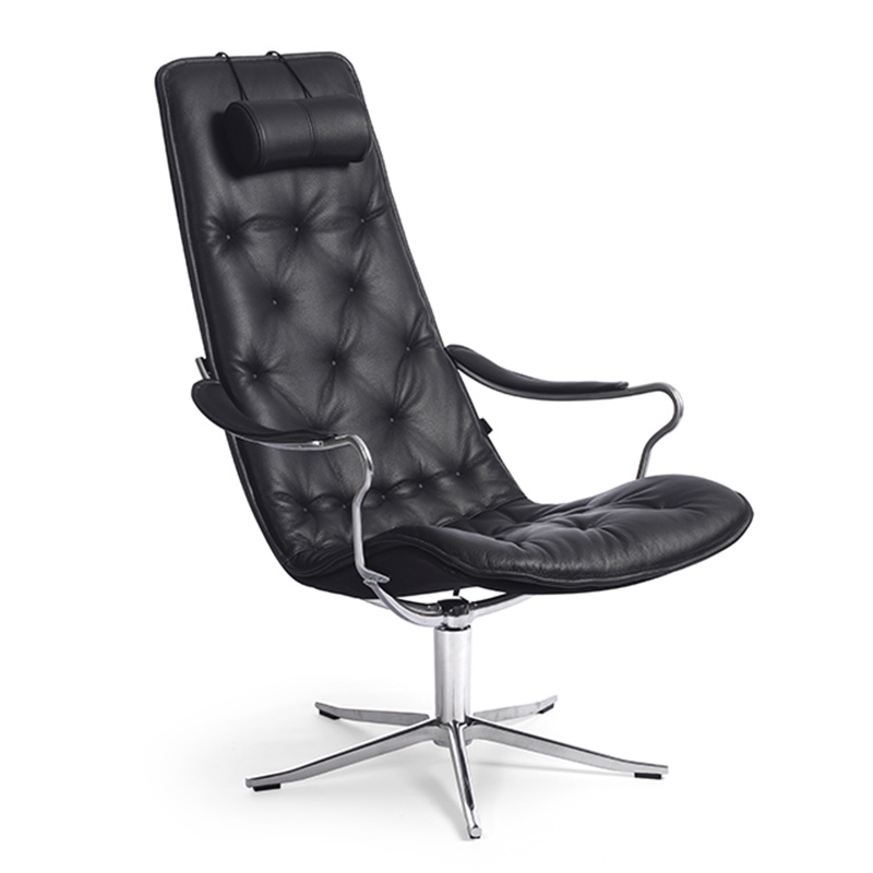 Bravo Swivel Chair by Naustro Unwind