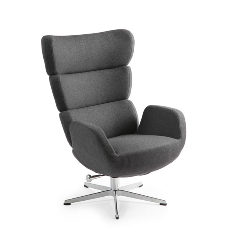 Turtle Swivel Chair by Naustro Unwind