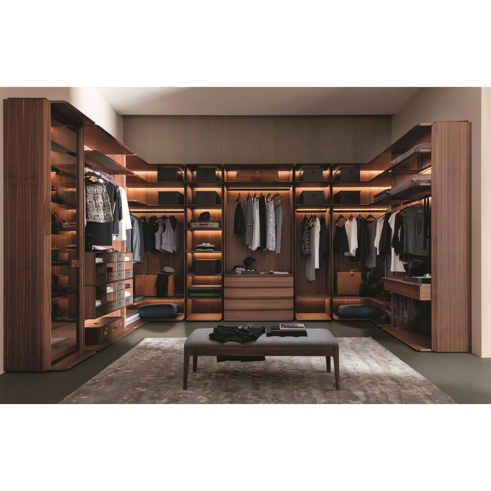 My Suite Walk In Wardrobe by Porada