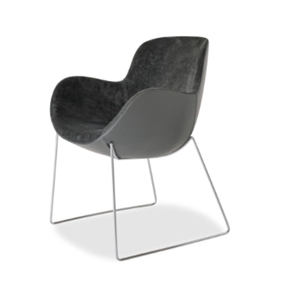 Athena - 05 Armchair by Aria