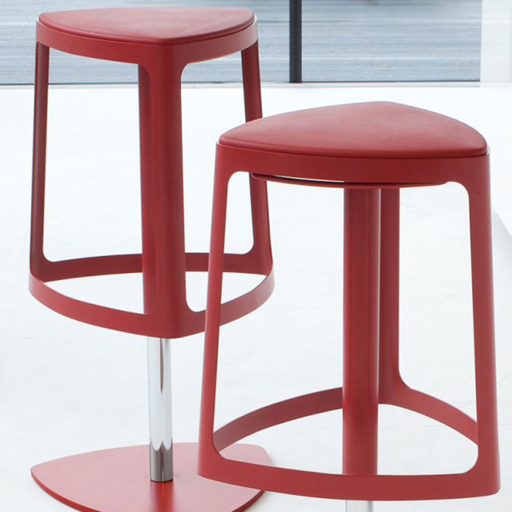 Clip Bar Stool by Bonaldo
