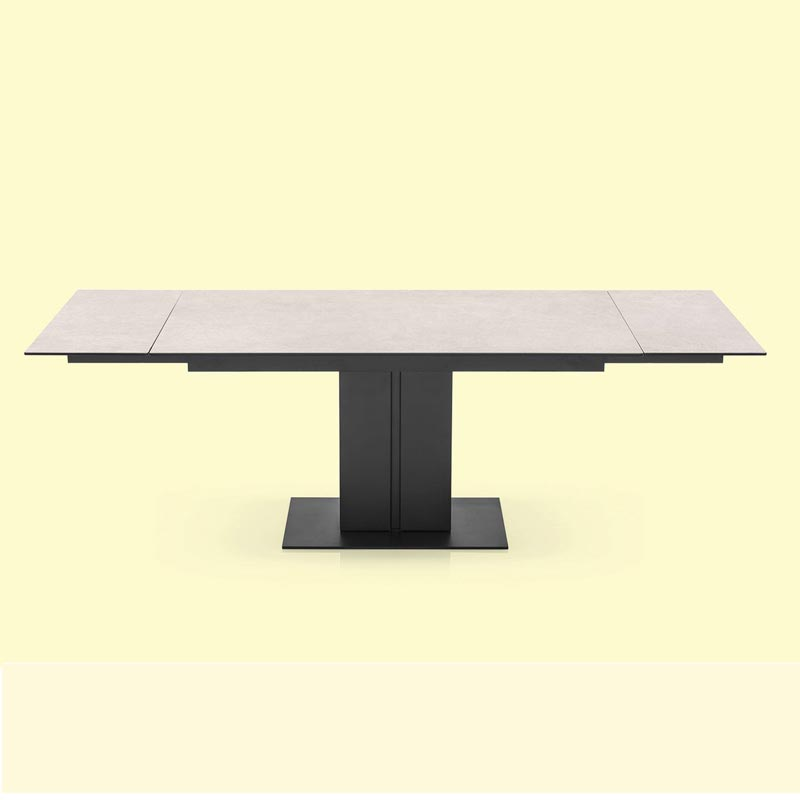 Pegaso Extending Table by Connubia Calligaris