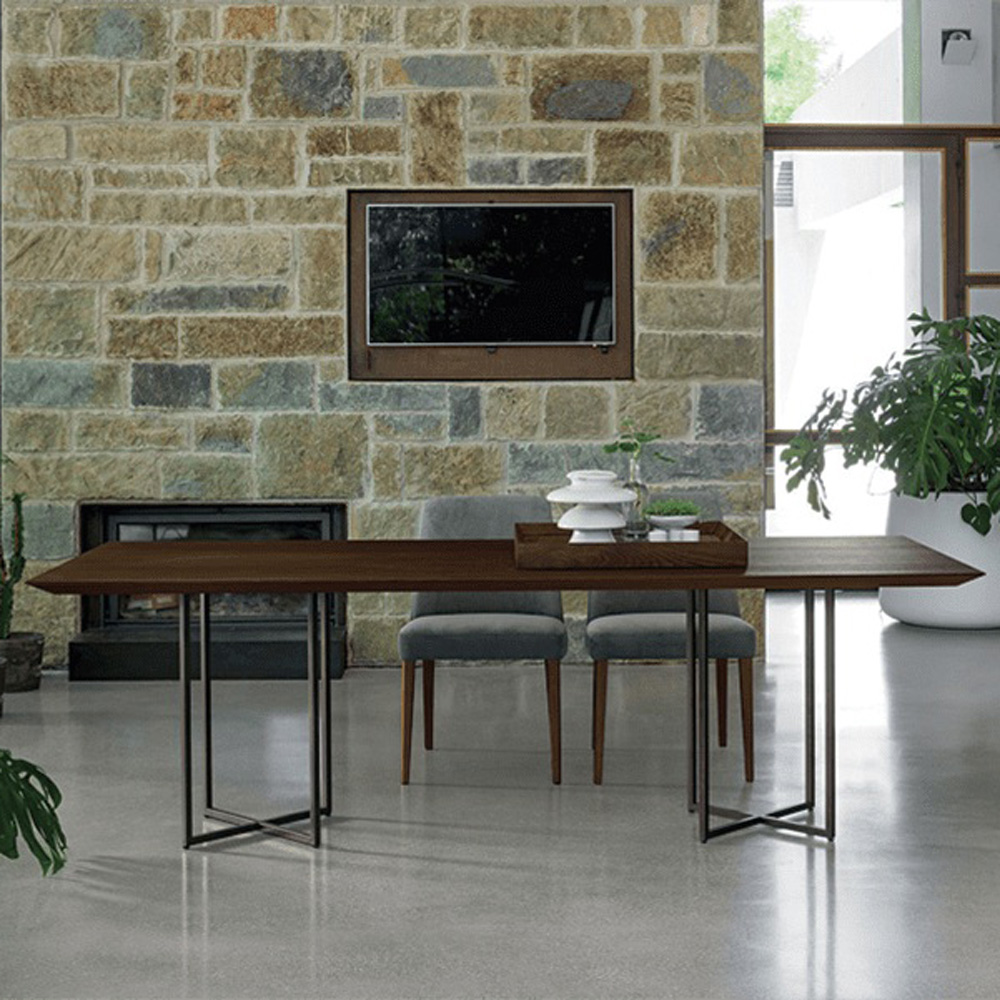 Cross Sedie Sara Dining Table by Dallagnese