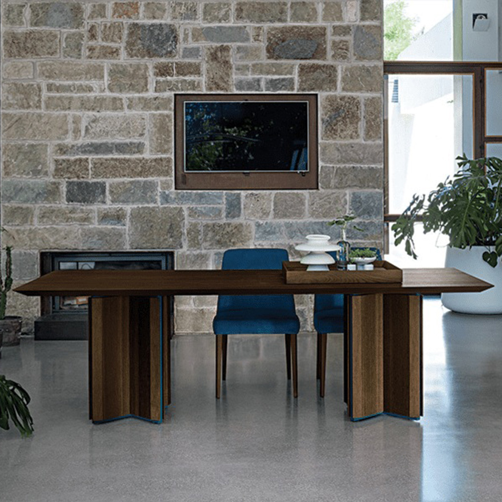 Cross Wood Sedie Sara Dining Table by Dallagnese