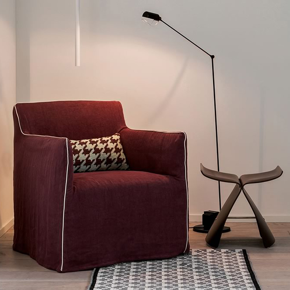 Dolly Armchair by Dallagnese