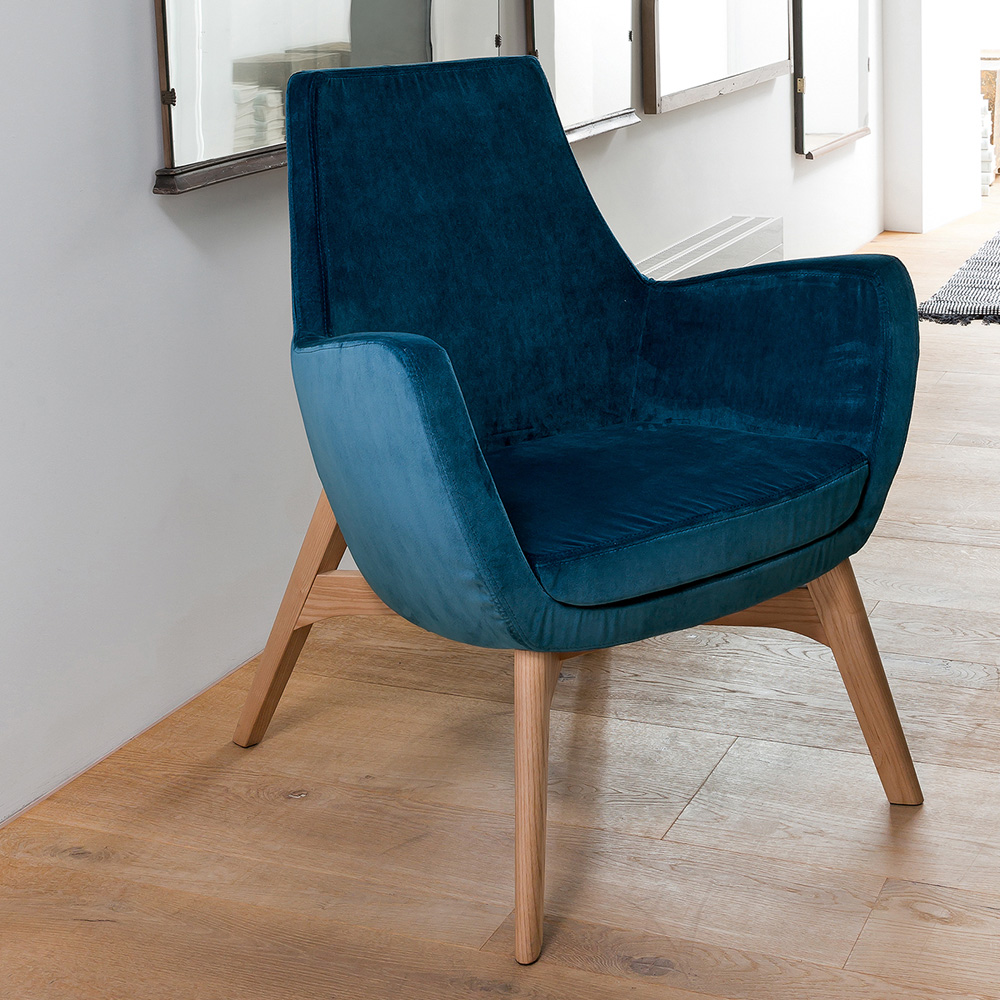 Elly Armchair by Dallagnese