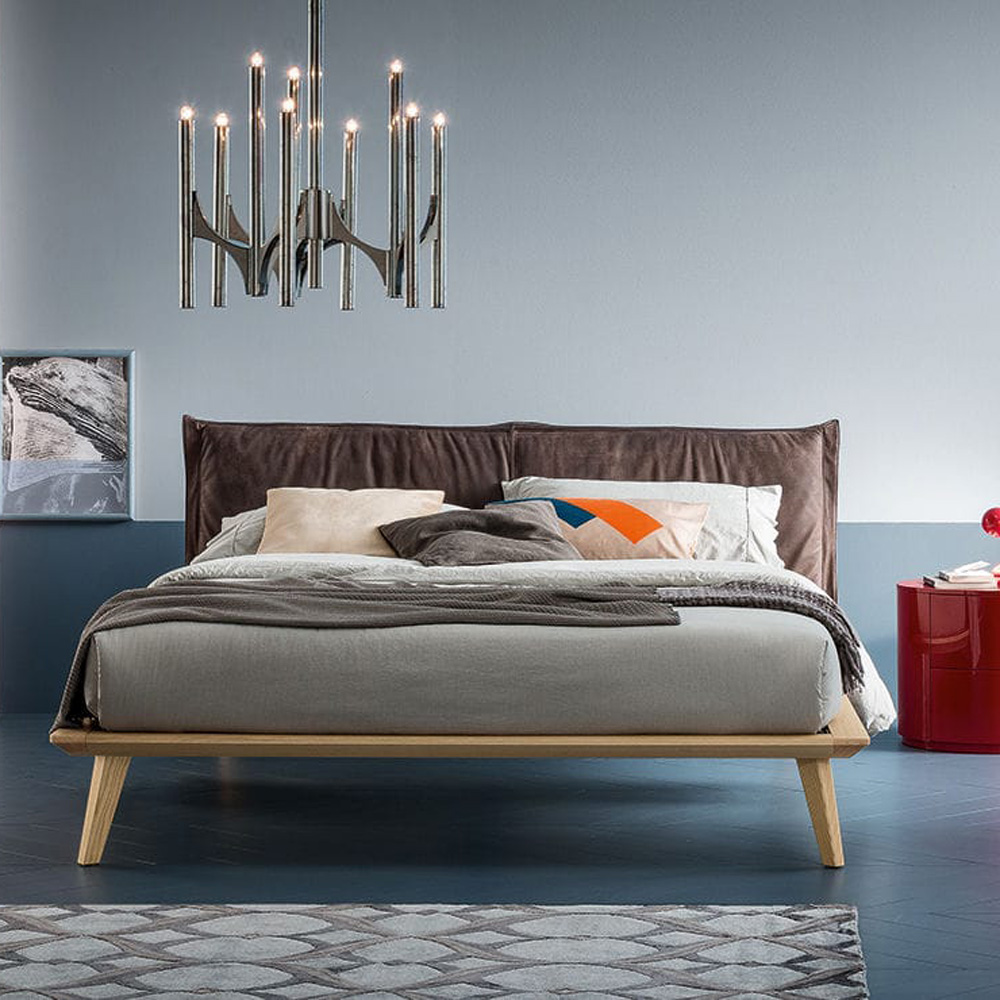 Morgan Double Bed by Dallagnese