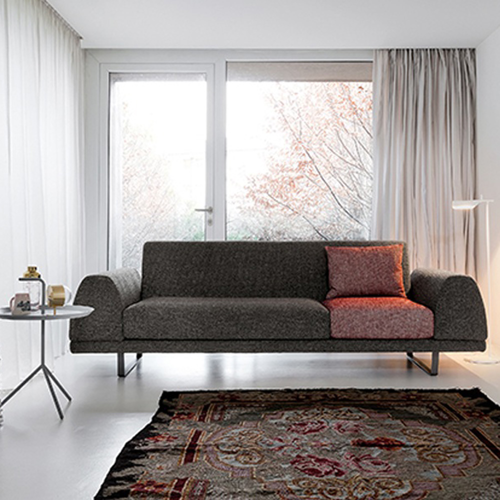 Portland Sofa by Dallagnese