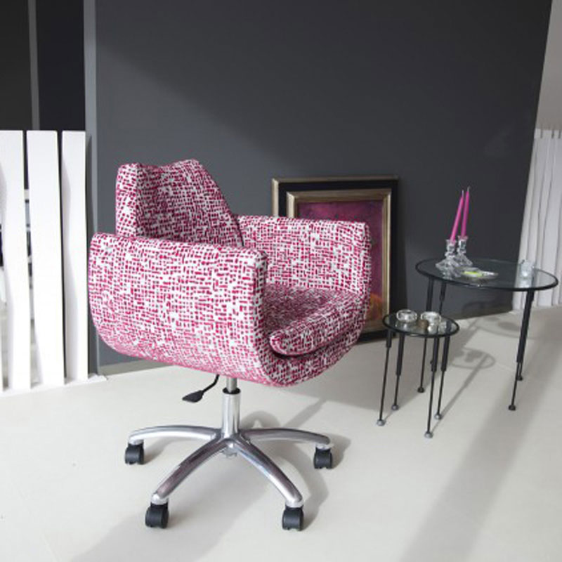 Magno Swivel Chair by Fama