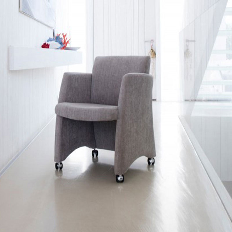 Tomy Swivel Chair by Fama