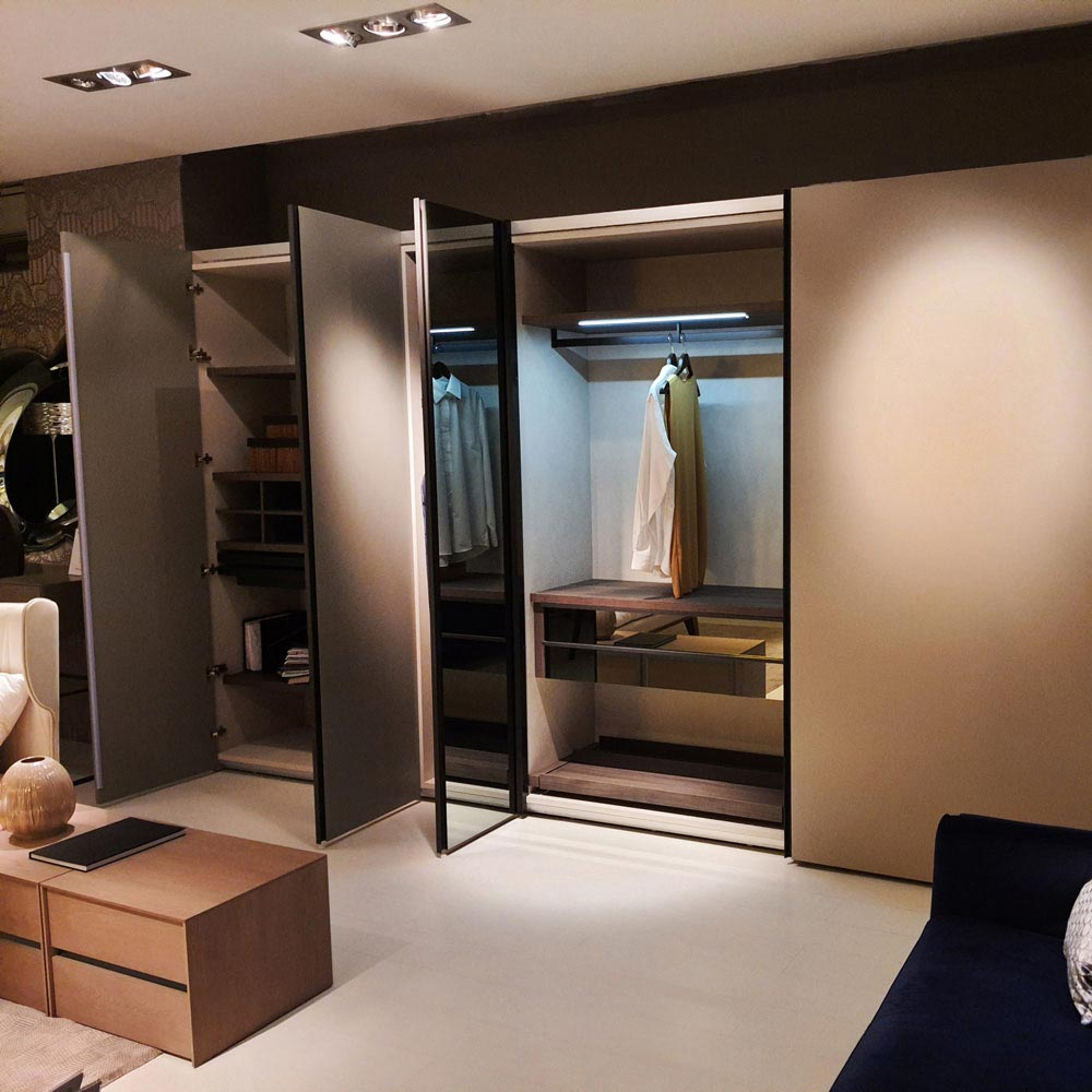 Hinged/Sliding Wardrobe by Logo | FCI London