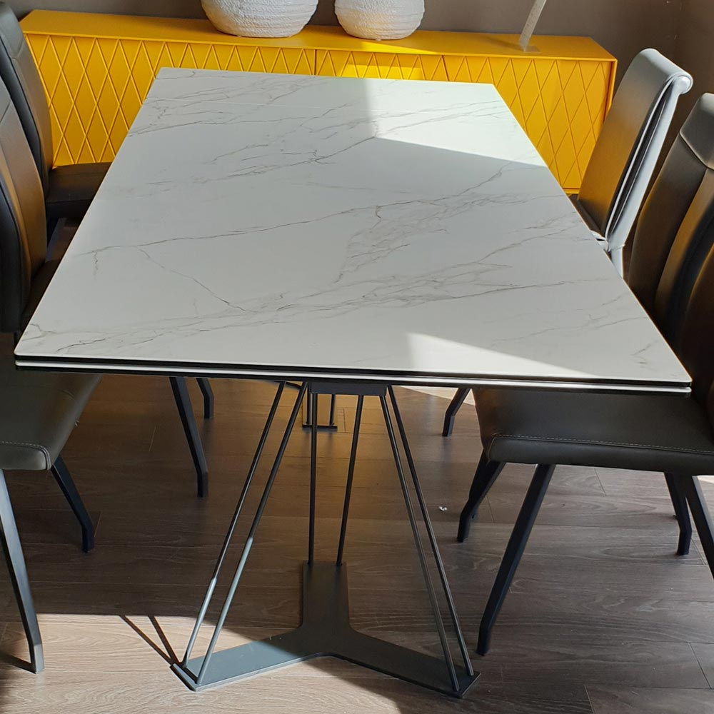 Leon Dining Table in Ceramic by FCI Clearance