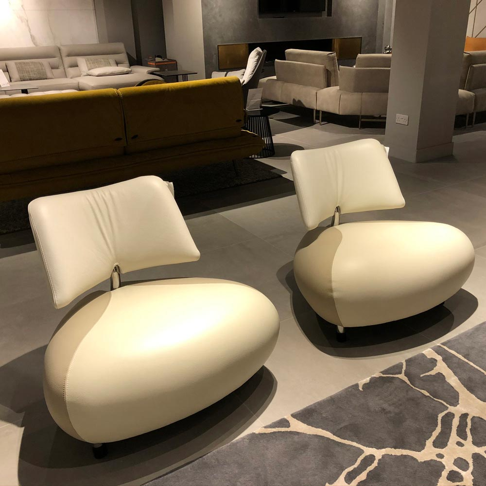 Pallone Pa Armchairs in White by Leolux | FCI Clearance
