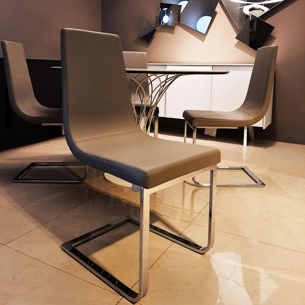 Set of 4 Cruiser Cantilever Chair by Calligaris | FCI Clearance