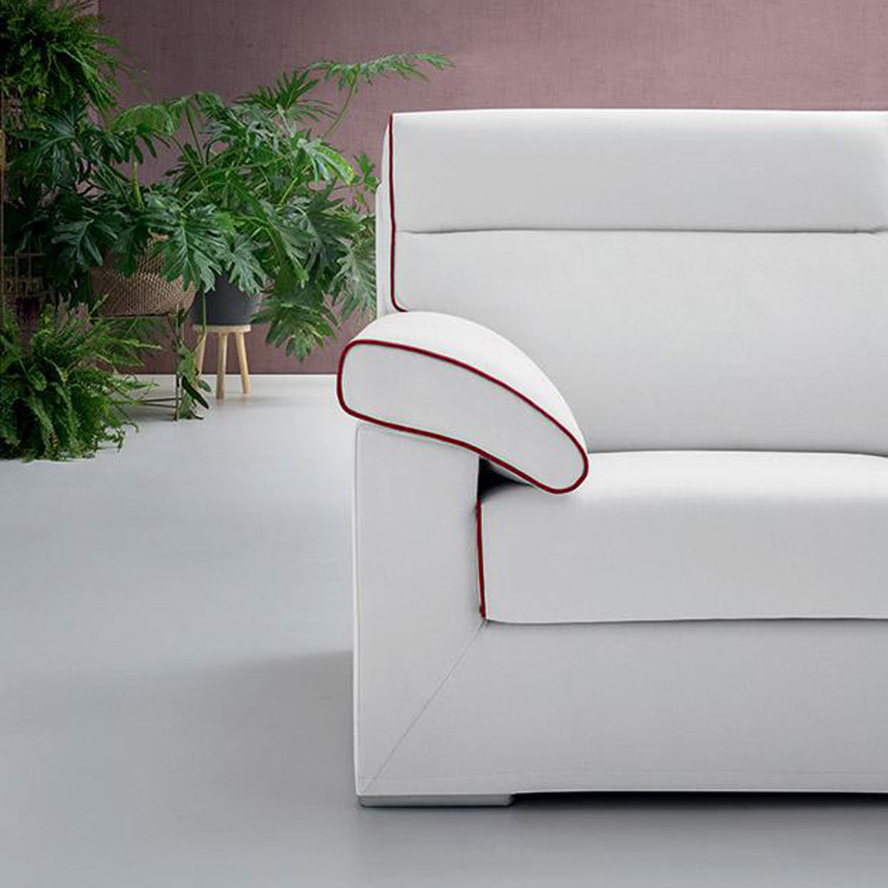 Derlon Sofa by Felix Collection