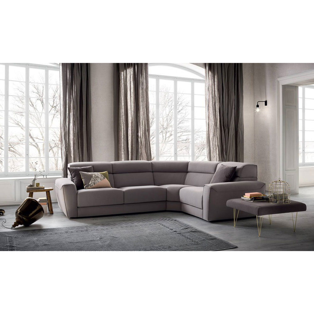 Winston Sofa by Felix Collection