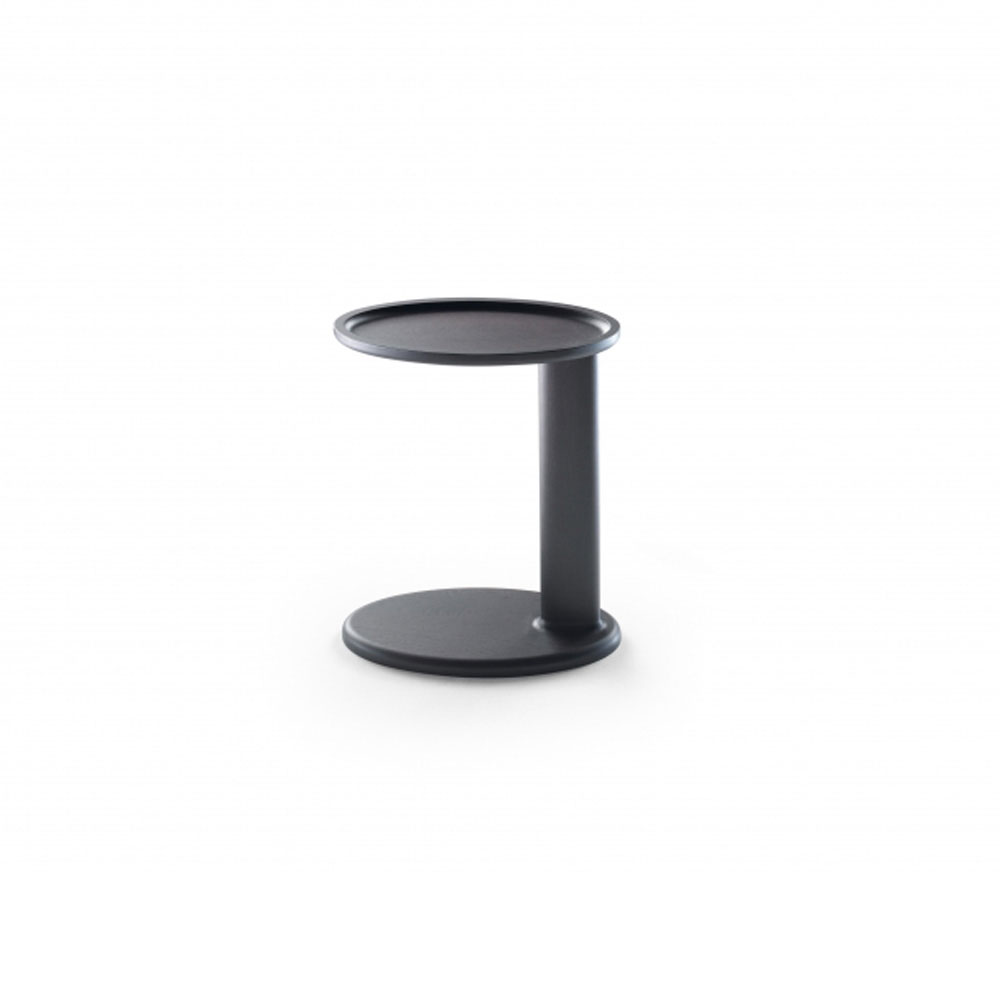 Oliver Side Table By Flexform