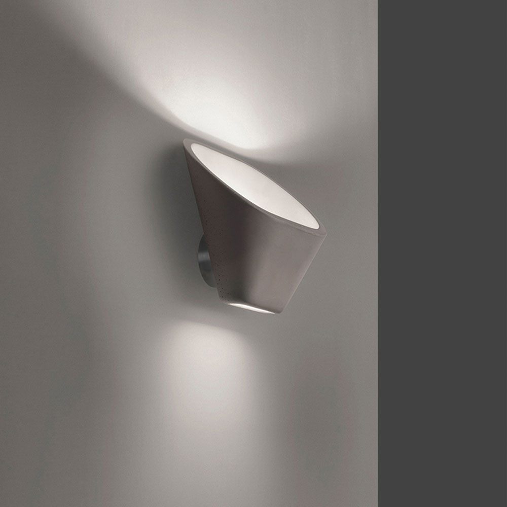 Aplomb Wall Lamp by Foscarini