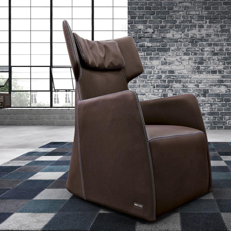 Club Armchair by Gamma and Dandy