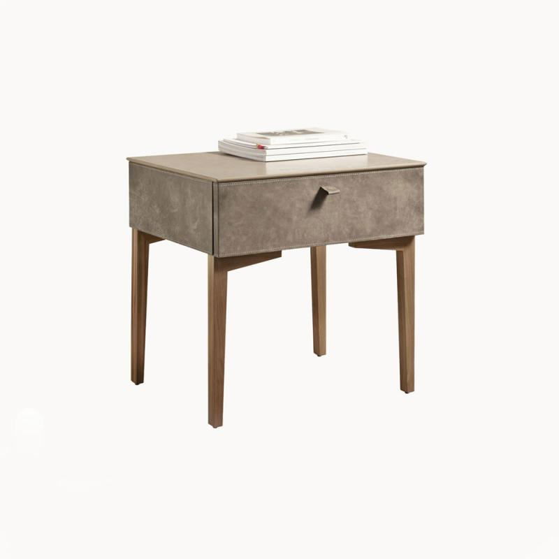 K07 Bedside Table by Gamma and Dandy