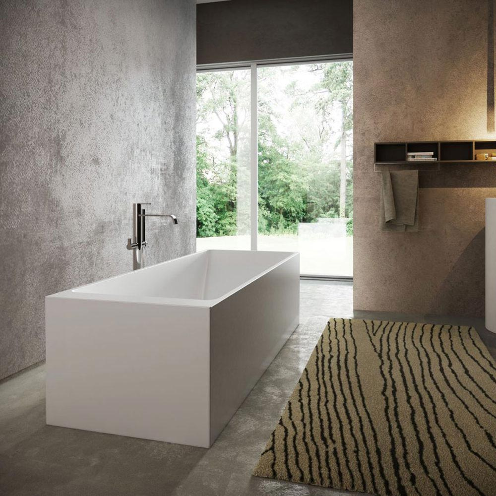 Square Bathtub by Idea Group