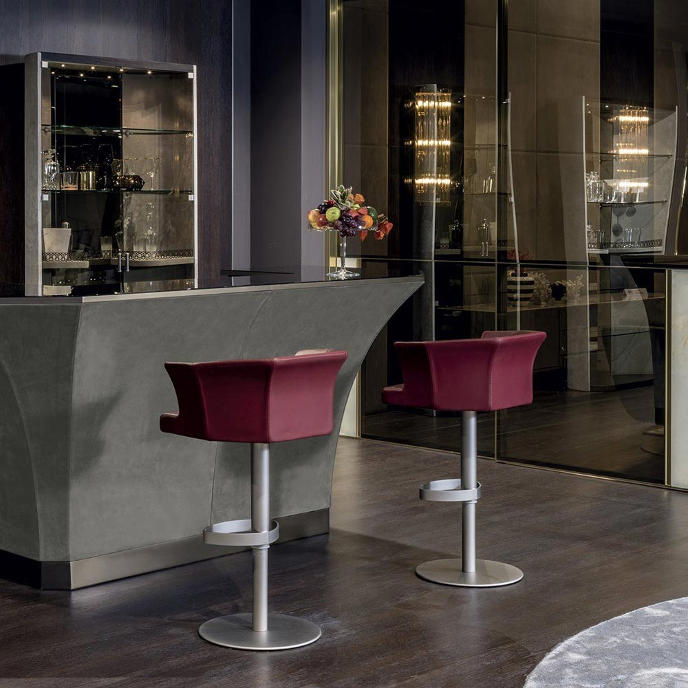 Delon Bar Stool by Longhi