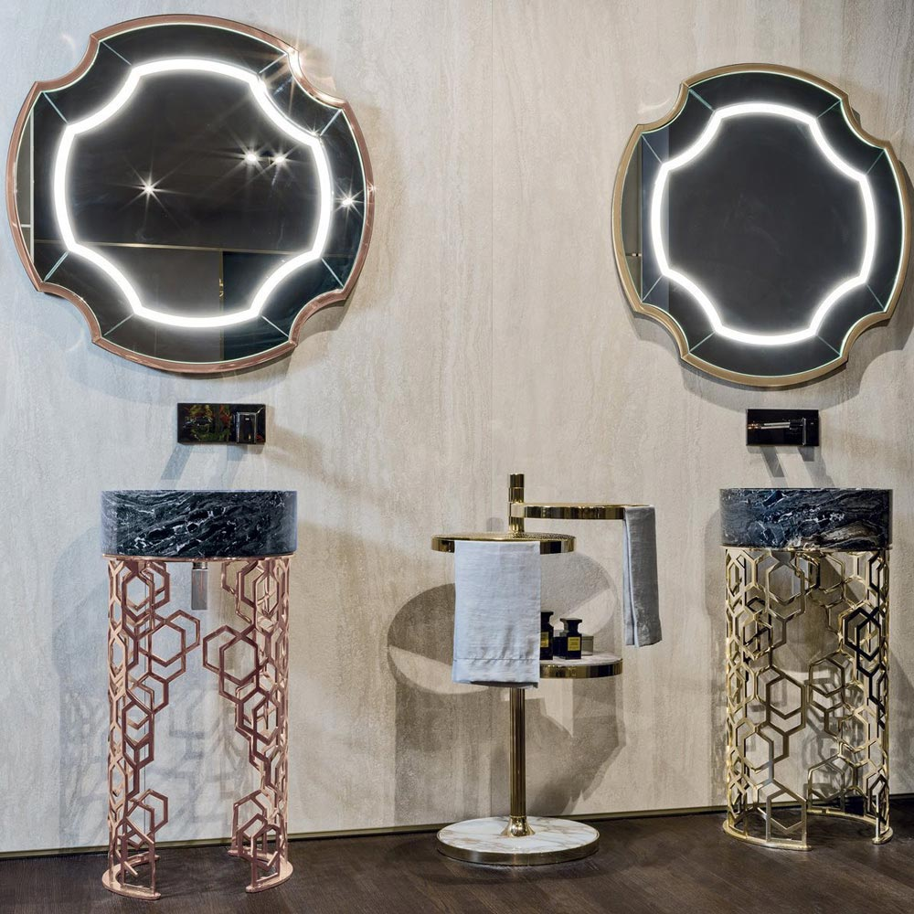 Graydon Light Mirror by Longhi