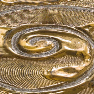SPIRAL PATTERN GOLD CERAMIC