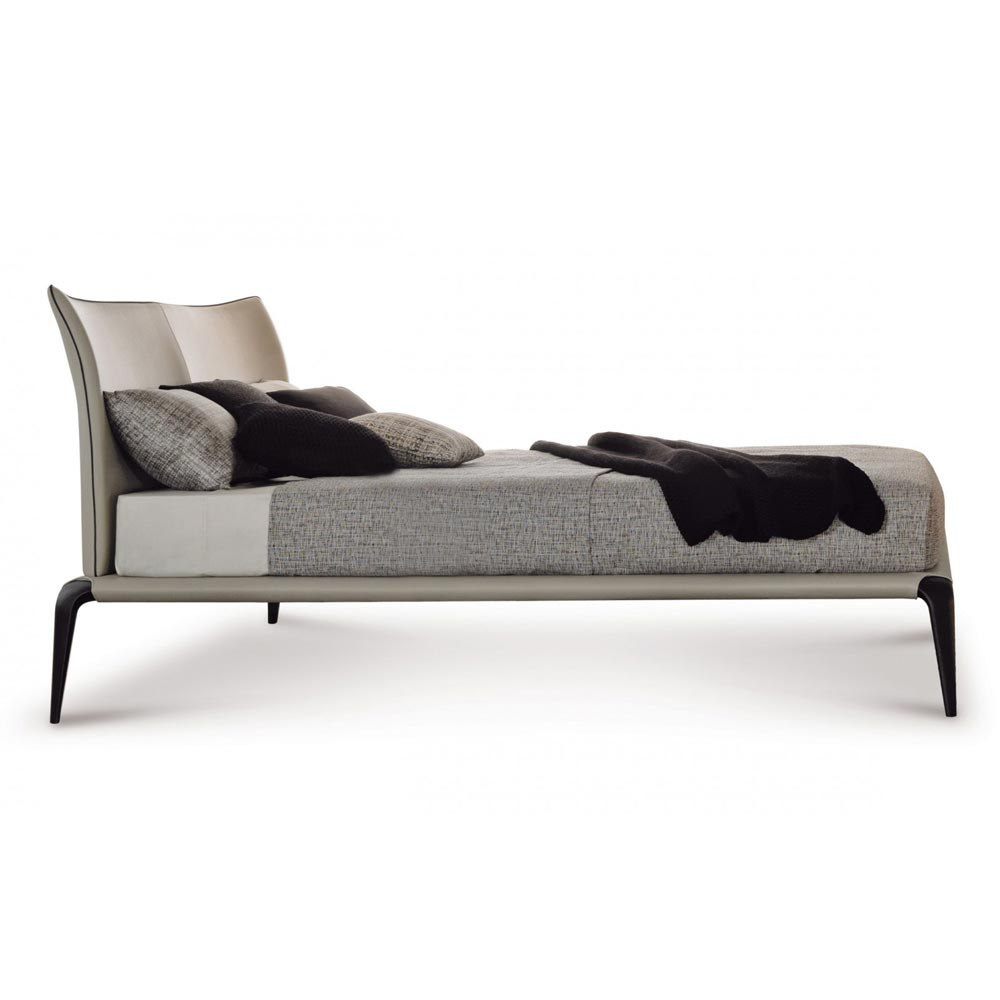 Margareth Double Bed by Misura Emme